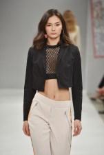 RIANI-Mercedes-Benz-Fashion-Week-Berlin-SS-18-085