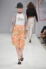 RIANI-Mercedes-Benz-Fashion-Week-Berlin-SS-18-086