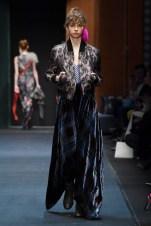 Dawid Tomaszewski-Mercedes-Benz-Fashion-Week-Berlin-AW-18--15
