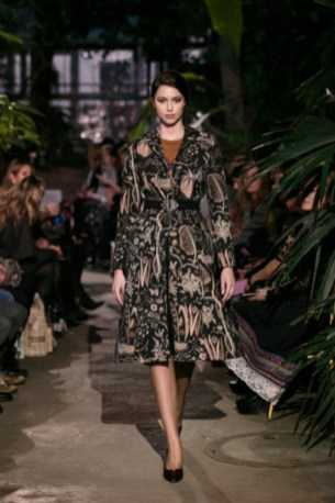 Lena Hoschek-Mercedes-Benz-Fashion-Week-Berlin-AW-18-512-26