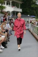 Isabel Vollrath beim Fashion Weekend auf der Rennbahn Hoppegarten