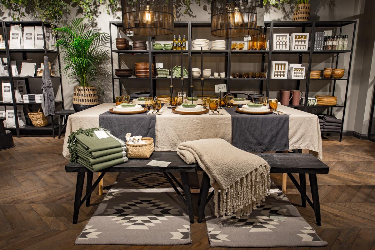 h m home concept store filialen hamburg und m nchen er ffnet mode shopping designer trends. Black Bedroom Furniture Sets. Home Design Ideas