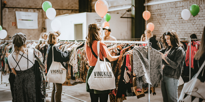 Vinokilo Berlin Pop Up Event Vintage Second Hand Bekleidung Per