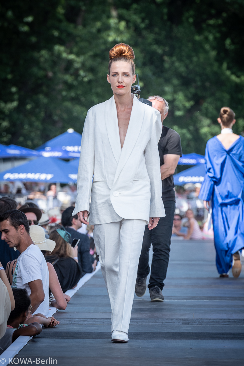 I'VR Isabel Vollrath Fashion Race Day 2019 auf der Rennbahn Hoppegarten