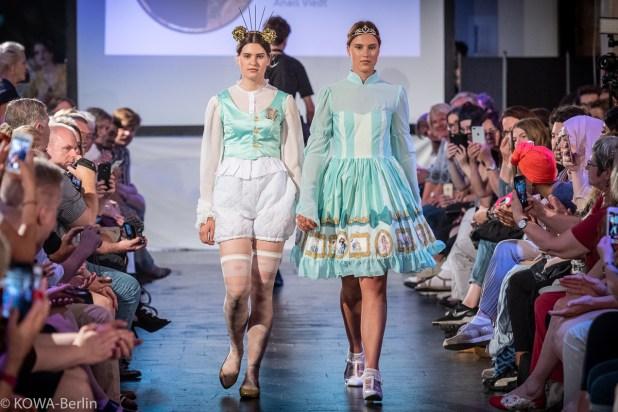 Anais Viedt - Modern Rokoko Modeschule Berlin-Abschlussmodenschau 2019