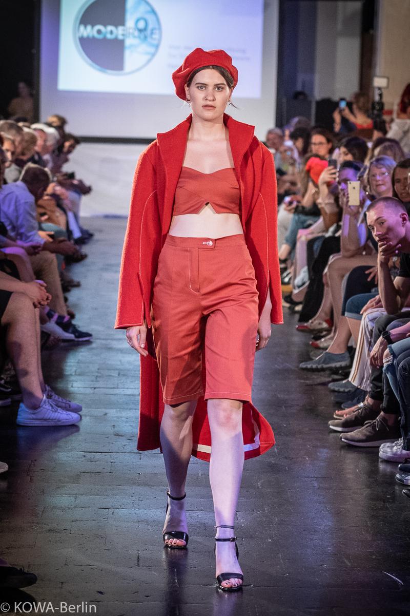 Seonpyo Kim -Lebewesen als Kleidung - Kleidung als Lebewesen