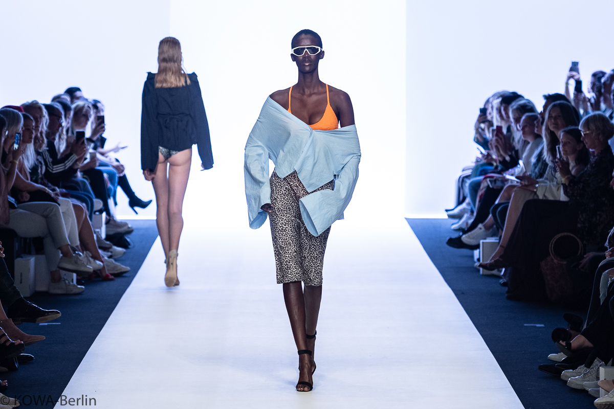 AYFW LeGer by Lena Gercke Show - About You Fashion Week