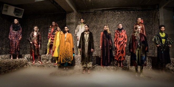 Dawid Tomaszewski  Herbst Winter 2020 MBFW Berlin – Chromatic Constellation