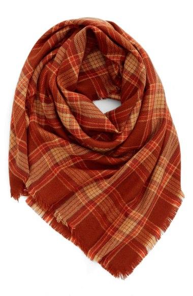 burgandy blanket scarf