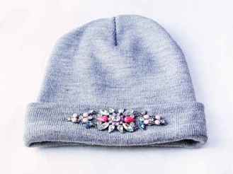 hat-with-pin