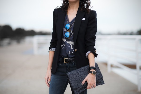graphic-tee-with-blazer