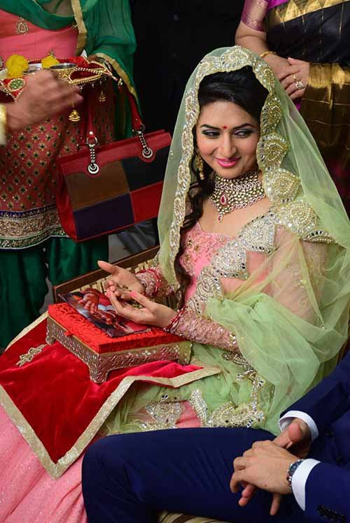 Top 10 best photos from Divyanka Tripathis Engagement
