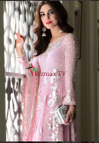 Gorgeous Maya Ali at Brothers Wedding Today  Pakistani Drama Celebrities