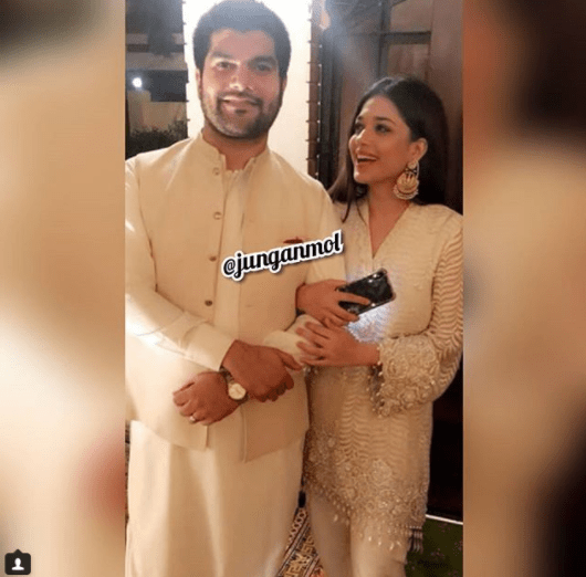 Beautiful Sanam Jung with her Husband & Daughter at a Wedding Event