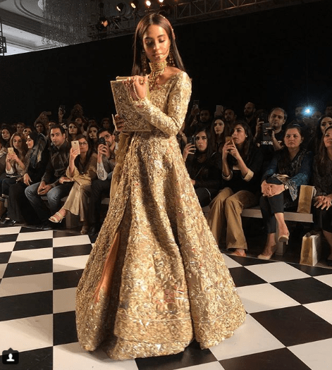 Beautiful Iqra Aziz Walk On Ramp At PFDC LOreal Paris