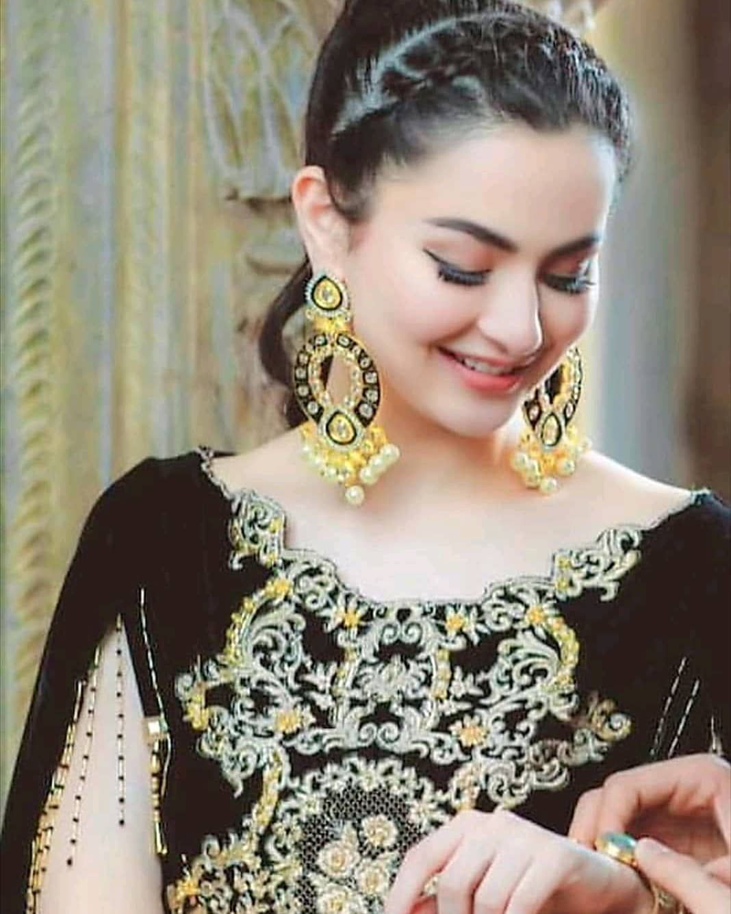 Latest Clicks Of Hania Amir At A Wedding Event Pakistani