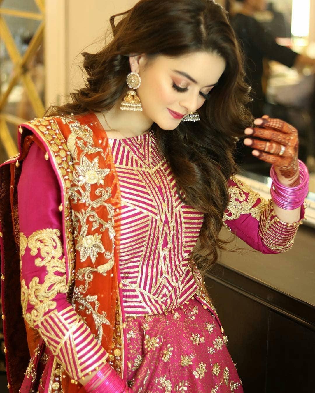 Beautiful Minal Khan At The Aiman Muneeb Mehndi Last Night Pakistani Drama Celebrities