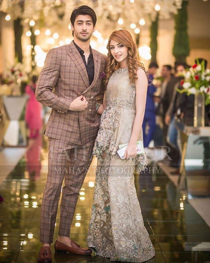 Beautiful Kinza Hashmi at Aiman  Muneeb Wedding Reception  Pakistani Drama Celebrities