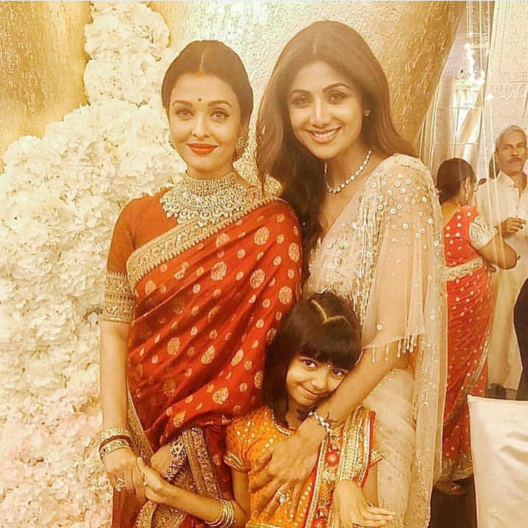 Isha Ambani Wedding Pictures  Pakistani Drama Celebrities
