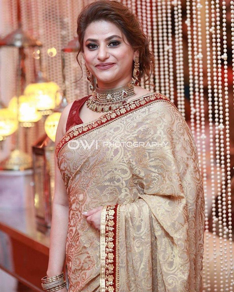 New Photos of Gorgeous Actress Mariam Mirza
