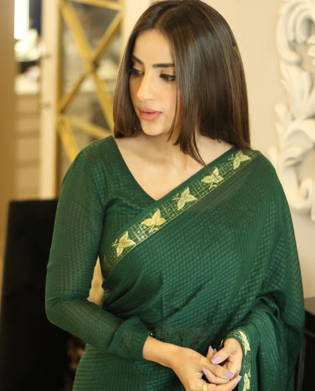 Gorgeous Saboor Aly New Awesome Pictures