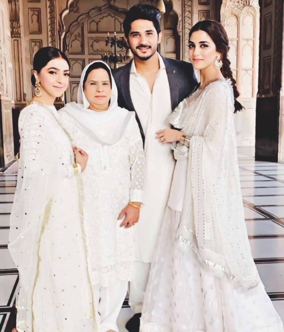Awesome Maya Ali at Her Cousin Wedding Event in Badshahi Mosque