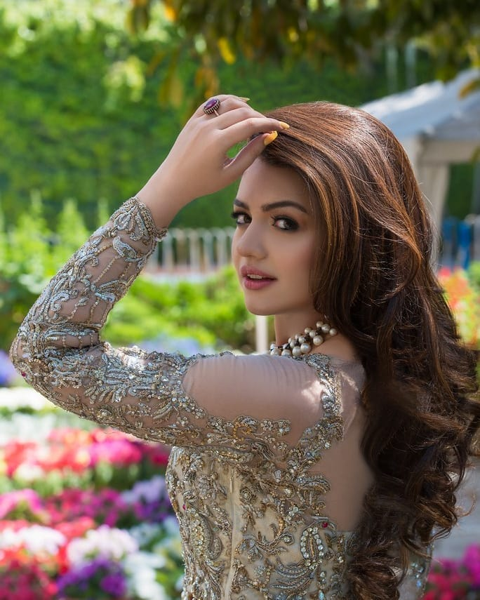 Zara Noor Abbas Looking Gorgeous in her Latest Photoshoot