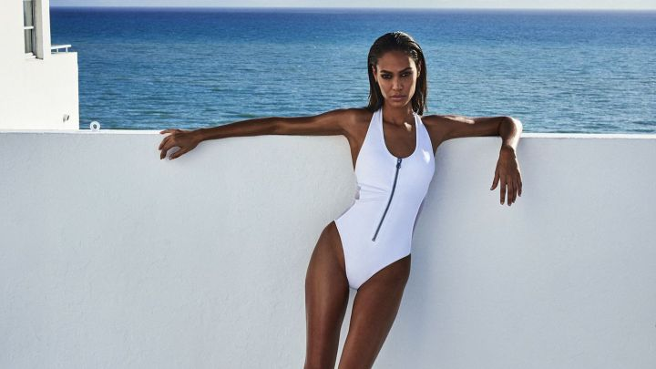 Joan Smalls para Smart and Sexy