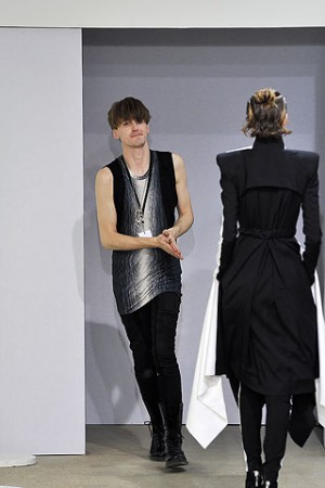 Gareth Pugh on the runway Spring 2009 show
