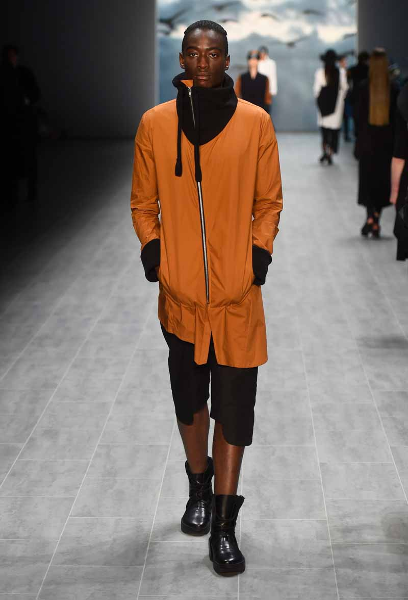 Umasan Show - Mercedes-Benz Fashion Week Spring/Summer 2015