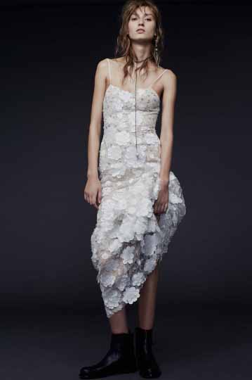 Vera Wang Bridal Fall 2015 Look 17