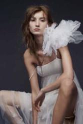 Vera Wang Bridal Fall 2015 Look 09