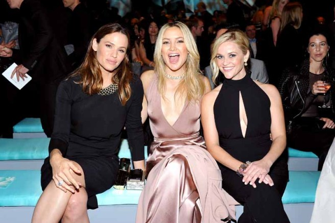 BEVERLY HILLS, CA - OCTOBER 13: (L-R) Actresses Jennifer Garner, Kate Hudson and Reese Witherspoon attend Tiffany & Co.'s unveiling of the newly renovated Beverly Hills store and debut of 2016 Tiffany masterpieces at Tiffany & Co. on October 13, 2016 in Beverly Hills, California. (Photo by Donato Sardella/Getty Images for Tiffany & Co.)
