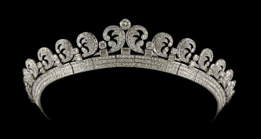Cartier London Halo tiara 1936 platinum, diamonds 3 x 18 cm lent by Her Majesty Queen Elizabeth II Royal Collection Trust/All Rights Reserved
