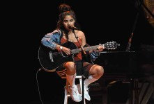 Singer-SongwriterJessie Reyez