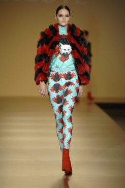 Maria Escote Fall 2009