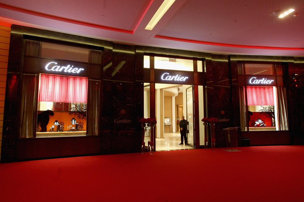 cartier inaugurates flagship store in dubai fashionwindows network. Black Bedroom Furniture Sets. Home Design Ideas