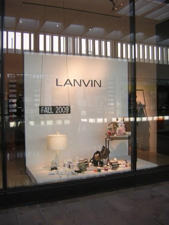 Store Windows in Dallas - Barneys New York