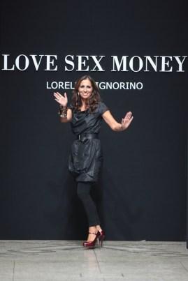 Lorella Signorino on the runway