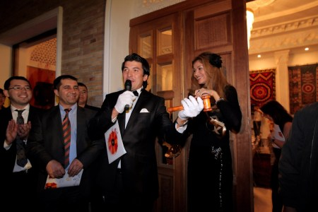 The auctioneer and H.E.Dr.Gulnara Karimova