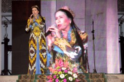 Uzbec singer Munojat Yulchieva
