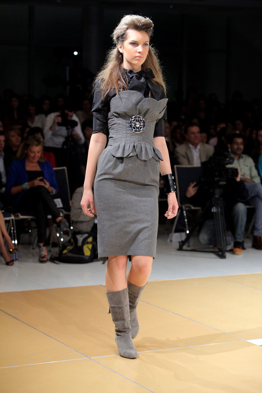 Art Week Style Uz 2009 Underground Young Designers Fashion Show Fashionwindows Network