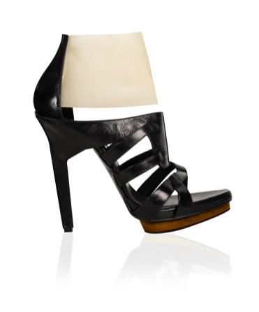 ana_locking_shoes05