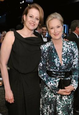 Sigourney Weaver and Meryl Streep (in Balenciaga)