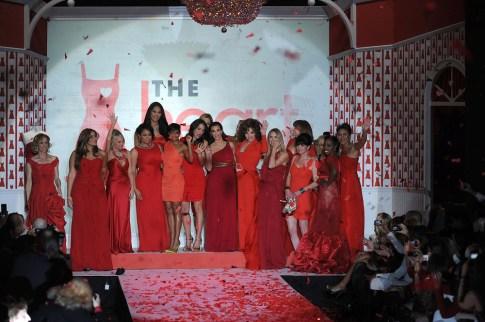 red_dressF1028