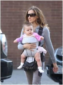 "Sarah Jessica Parker carrying the Jérôme Dreyfuss ""Twee Mini"""