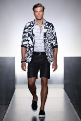 NumberLab__SS2012_Runway_023