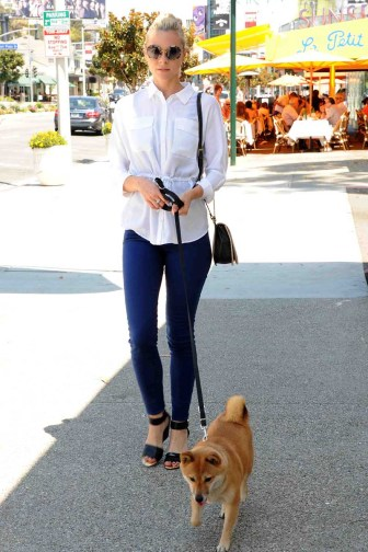 Jaime King Shopping at the AX on Sunset Plaza