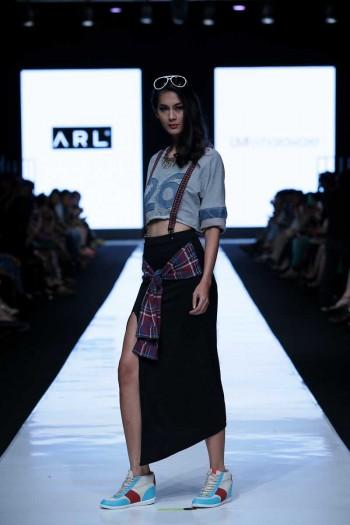 Jakarta Fashion Week 2014 Ariel Amp Luna Maya For Hardware