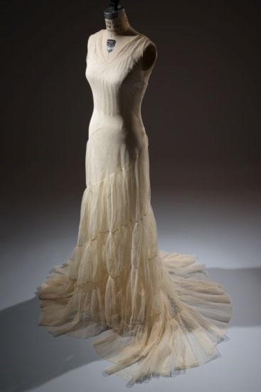 Augustabernard  gown